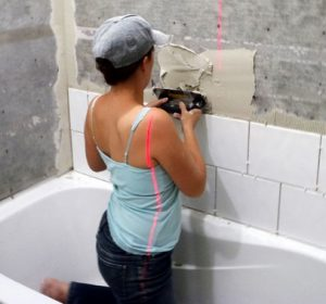 Укладка-плитки-в-ванной-комнате